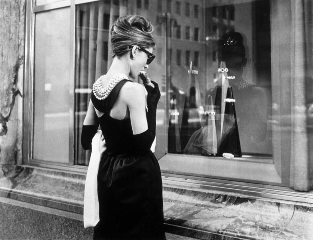 Kratka istorija male crne haljine